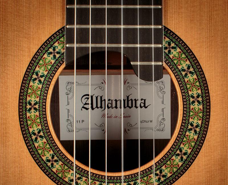 Alhambra gitare